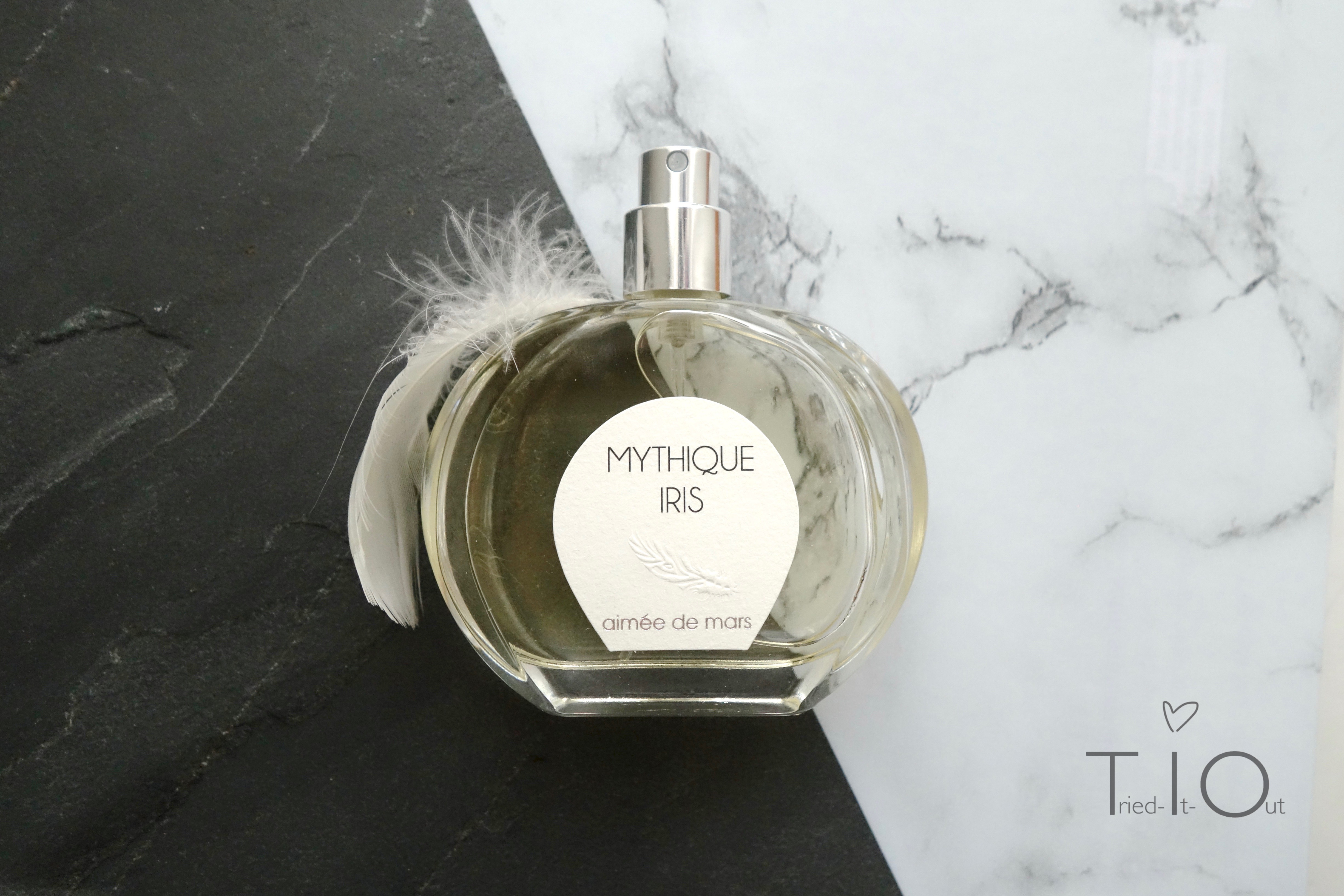 My scent: Mythique Iris by Aimée De Mars [The nature of scents 3]